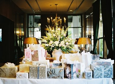 """The """"No Boxed Gifts"""" Explanation   The Bridal Diaries"""